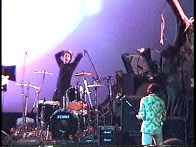 Nirvana territorial pissings live at the paramount 1991 - 3 6