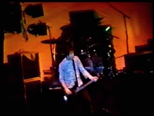 Nirvana love buzz live in austria 1989 - 4 6